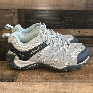 Merrell women's hiking shoes size 8